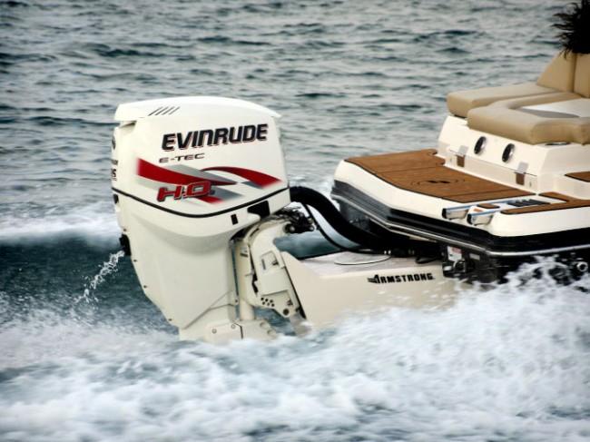 BRP lanza el nuevo Evinrude E-TEC 135 HO