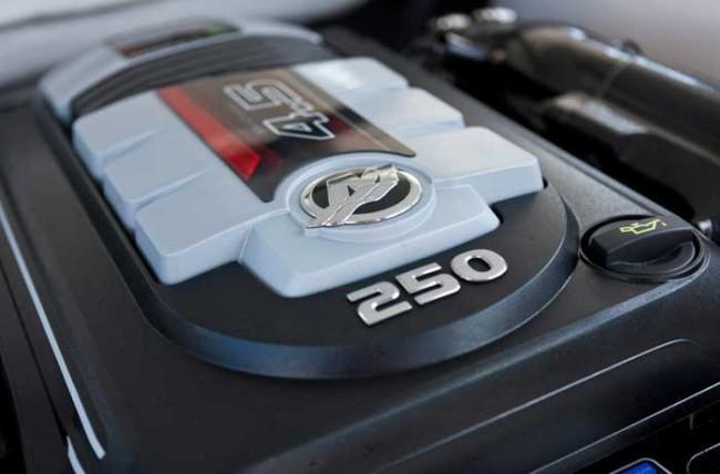 (Español) Motor Mercury MerCruiser 4.5L, premio IBEX a la innovación