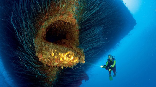 Sabías que... puedes practicar submarinismo en un cementerio nuclear