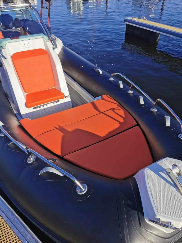 flotador neumático semirrígido náutica